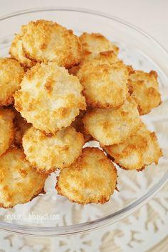 Smakocie i Łakołyki: Kokosanki (zamiast cukru-ksylitol)