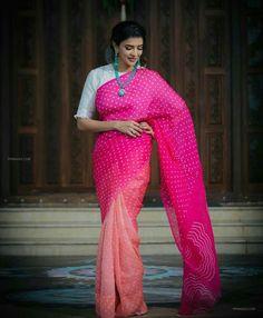 Sheer White Shirt, White Ruffle Blouse, White Saree Blouse, Lehenga Blouse, Pink Saree, Lakshmi Manchu, Drape Sarees, Checks Saree, Fancy Dress Design