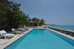 Villa Blue Beach St Martin - 4 bedroom villa to rent in Terres Basses