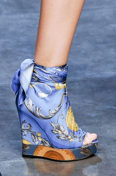 D&G at Milan Fashion Week Spring 2012 - Details Runway Photos Zapatos Shoes, Shoes Heels, Pumps, Bootie Boots, Shoe Boots, Shoe Bag, Crazy Shoes, Me Too Shoes, Mode Shoes