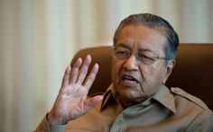 According to political observers, Tun Dr Mahathir Mohamad's new crusade against Putrajaya is unlikely to sway the crucial 'middle ground' in the same way he did ahead of Election 2008. — AFP pic