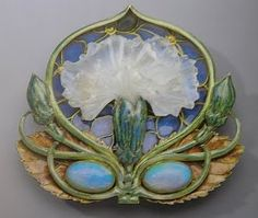 Rene Lalique, c.1900-02, gold, opal, enamel, cast glass (photo from the book Imperishable Beauty)
