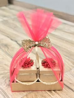 Diwali Gift Box, Diwali Gift Hampers, Diwali Diy, Diwali Gifts, Wedding Gift Hampers, Wedding Gift Wrapping, Wedding Gift Boxes, Wedding Anniversary Gifts, Indian Wedding Gifts