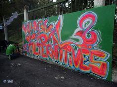 Genèse du FSM Le Forum social mondial (FSM) est né suite à l'émergence du mouvement anti-mondialisationpendant les années 1990, notamment le soulèvement des zapatistes contre l'ALENA en 1994, la campagne contre l'Accord multilatéral sur l'investissement...
