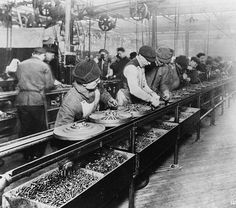 December 1, 1913 – The Ford Motor Company introduces the first moving assembly line.
