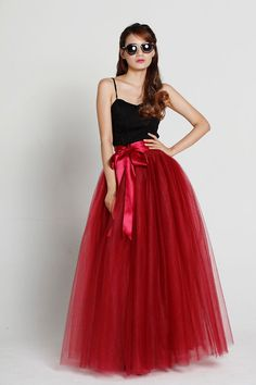 Women Maxi Length TULLE SKIRT Burgundy Wine Red Maxi tulle Skirt High Waisted Plus Size Puffy Tutu Skirt Wedding Floor Length Tulle Skirt Outfit Bridal Bridesmaid Maxi Skirt Outfit 4 layered Tulle Skirt This maxi tutu skirt is a luxury and fai. Red Tulle Skirt, Tulle Skirts, Tulle Tutu, Long Tutu, Bridesmaid Skirts, Maxi Skirt Outfits, Evening Skirts, Winter Mode, Blond