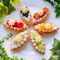 The video consists of 23 Christmas craft ideas. Tart Recipes, Sweet Recipes, Baking Recipes, Dessert Recipes, Cupcakes, Cupcake Cakes, Beautiful Desserts, Fancy Desserts, Sweet Pastries