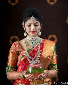 The sheer magic of bridal portraits by Vijay Eesam Wedding Saree Blouse Designs, Pattu Saree Blouse Designs, Wedding Sarees, Kanchipuram Saree Wedding, Telugu Wedding, Indian Bridal Fashion, Indian Bridal Makeup, Bridal Looks, Bridal Style