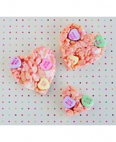 Chunky Marshmallow Conversation Heart Rice Krispies via Food Family Finds - 10 Valentine's Day recipes (because the way to anyone's heart is via their stomach!)