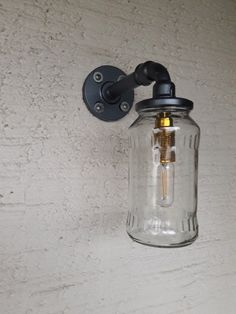 eine wandlampe aus beton selber bauen nachdem der erste versuch nicht so doll war hat es. Black Bedroom Furniture Sets. Home Design Ideas