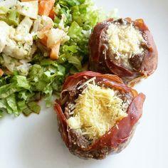 Inspiração para o almoço de domingo com a @vauhack!   @Regrann from @vauhack -  Baaahhhhhhhhhhhh #eatpaleo #paleo #primal #lchf #lowcarbhighfat #nograins #nofearoffat #lowcarb #comapaleo #eucozinhobempracaralho #cheese #presuntoserranoespanhol #casabasca #Regrann