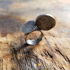 Vähän kun luppakorvanen Mikki. Olisko se tän uniikin yksilön nimi -Luppakorvainen Mikki Hiiri ? Laita viestiä jos haluat tämän anuversumin uniikeimman hopeasormuksen itselles (210). Sormuksen koko on muuten säädettävissä. . . #uniikkisormus #hopeasormus #uniikkikoru #mikkihiiri #uniquering #silverring #mickymousering #finnishdesign  #designer #jewelrysmith #koruseppä #anuek #anuekdesign #kerava Druzy Ring, Uni, Rings, Jewelry, Jewlery, Jewerly, Ring, Schmuck, Jewelry Rings