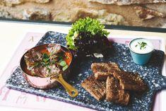 «λ19»: Το νέο ξεκίνημα του Σταύρου Θεοδωράκη στον χώρο της εστίασης | LiFO Steak, Food, Essen, Steaks, Meals, Yemek, Eten