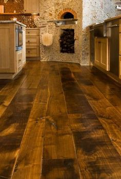 Flooring for bar. Wide Plank Flooring to Give Your Kitchen the Tuscan Style Wide Plank Flooring, Planks, Dark Flooring, Timber Flooring, Stone Flooring, Tuscan Style, Tuscan Design, Rustic Design, Kitchen Styling