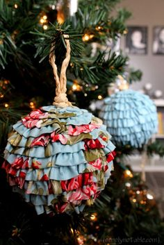 Christmas ● DIY ● Tutorial ● Ruffled Fabric Christmas Ornaments