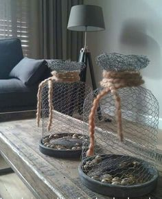 Crush Cul de Sac: Photo - you can't have everything, where would you put it? Best Picture For diy For Your Taste You are - Crafts For Teens To Make, Diy Crafts To Sell, Home Crafts, Easy Crafts, Chicken Wire Art, Chicken Wire Crafts, Diy Inspiration, Creation Deco, Diy Décoration