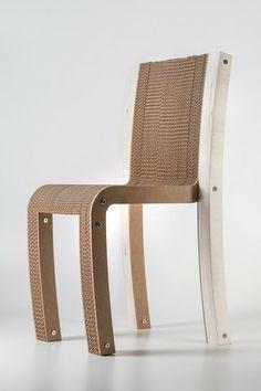 Sedia In Cartone e Rovere Varese Di Lessmore Design Giorgio Caporaso