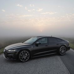 Gorgeous pose from the new Gosh I love those lines. A-Seven in heaven? Do you prefer the black wheels or these? Ca Audi A7 Sportback, Audi Allroad, New Audi Car, Audi Cars, Luxury Car Brands, Top Luxury Cars, Audi A7 Interior, Audi A4 Black, Automobile