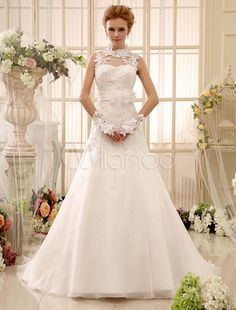 Applique Chapel Train Ivory A-line Wedding Dress For Bride with Keyhole Neck -No.2