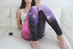 #legging. Voici un #Joli #legging #galaxy presenté sur 101thingsgirlslike.wordpress...Si vous n'êtes pas encore conquise par le #galaxy leg, ça ne serait tarder !! Donc si vous vous poser la question #ou #trouver un #legging #galaxy #pas #cher ? Rendez-vous sur leggingstar.fr  et shopper, habiller vos #jambes avec des #leggings #originaux.
