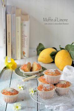 Essenza di Vaniglia: Muffins al limone con cocco e cioccolato bianco