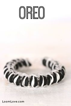 How to Make an Oreo Track Bracelet on Your Rainbow Loom