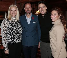 The official Canada visit of Crown Prince Haakon and Crown Princess Mette-Marit started. Prince Haakon and Princess Mette-Marit met with Prime Minister Justin Trudeau of Canada and his wife Sophie Gregorie Trudeau at L'Oree du Bois restaurant in Chelsea county of Ottawa on Nov. 5, 2016.
