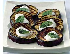 Up Some Eggplant Grilled Eggplant with Yogurt Sauce--perfect vegetarian entree for barbecue gatherings!Grilled Eggplant with Yogurt Sauce--perfect vegetarian entree for barbecue gatherings! Best Eggplant Recipe, Eggplant Recipes, Grilling Recipes, Cooking Recipes, Grilled Eggplant, Vegetarian Entrees, Lebanese Recipes, Yogurt Sauce, Beauty