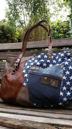 Patchwork Bags, Quilted Bag, Jean Purses, Purses And Bags, Leather Purses, Leather Handbags, Leather Wallets, Leather Bags, Sac Week End
