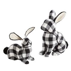 From Easter Pillows, Easter Banners, Bunny Pillows & Easter Egg Decorations to Easter Gift Ideas – Pier 1 has everything you need to make your Easter fabulous. Easter Garland, Easter Banner, Easter Gift, Easter Crafts, Easter Decor, Easter Ideas, Easter Pillows, Egg Decorating, Buffalo Plaid