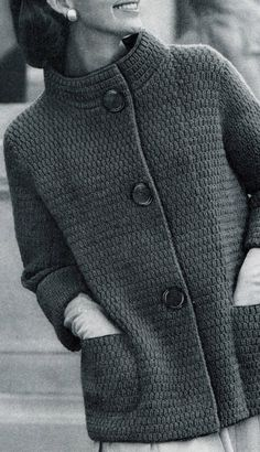 Knitted Coat Pattern, Knit Cardigan Pattern, Crochet Coat, Crochet Clothes, Crochet Granny, Vintage Knitting, Vintage Crochet, Baby Knitting, Vogue Knitting