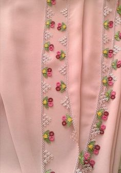 Embroidery Suits Design, Flower Embroidery Designs, Seed Bead Tutorials, Beading Tutorials, Baby Knitting Patterns, Crochet Patterns, Diy Lace Ribbon Flowers, Embroidered Bedding, Stylish Dress Designs