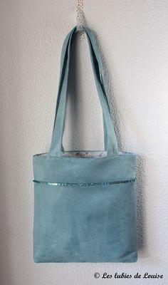❤︎ diy tote bag - free pdf tutorial - in french with clear photos - les lubies de louise Sacs Tote Bags, Diy Tote Bag, Reusable Tote Bags, Coin Couture, Couture Sewing, Diy Sac, Denim Bag, Bag Making, Diy Fashion