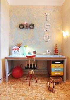 novoretro Design Festival, Corner Desk, Fashion Design, Furniture, Home Decor, Corner Table, Decoration Home, Room Decor, Home Furnishings