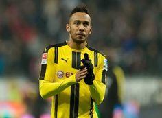 Dortmund định giá bán Aubameyang  Borussia Dortmund chuẩn bị châm ngòi cho một cuộc chiến giành Pierre-Emerick Aubameyang, sau khi thừa nhận sẵn sàng lắng nghe những lời đề nghị cho cầu thủ ghi bàn hàng đầu của Bundesliga.