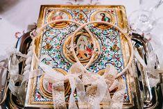 Ονειρικος γαμος με ρομαντικα στοιχεια | Βικτωρια & Μηνας - EverAfter Wedding Wreaths, Romantic Weddings, Happy Day, Perfect Wedding, Most Beautiful, Wedding Ideas, Colours, Wedding Garlands, Wedding Ceremony Ideas