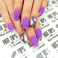 When nails become passion..Fullset by @t.hottips