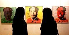 Farah Diba, l'ex imperatrice dell'Iran, vedova di Mohammad Reza Pahlavi ha concesso al Maxxi di Roma di esporre una selezione di opere del MoCa, il Museo d'arte contemporanea di Teheran