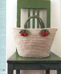 - 체리가방 - ↑ 밑판 (가방바닥) 뜨기 ↑ 빨간 열매 뜨기 도안 ↑ 잎사귀와 손잡이 도안 - 영문판 - - 가방 옆부분 뜨기 도안 -