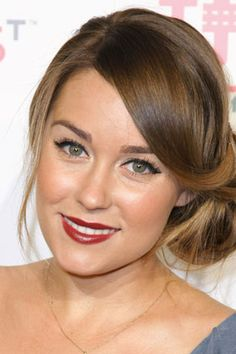Google Image Result for http://images.totalbeauty.com/content/photos/red-lipstick-skin-tone-3.jpg