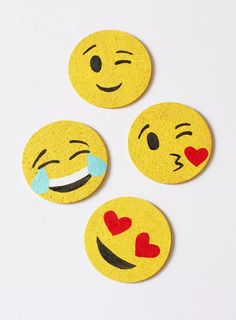 DIY Emoji Coasters: Materials blank cork coasters (these are from IKEA) acrylic paint varnish paintbrushes paper scissors The Coasters, Felt Coasters, Felt Crafts, Diy And Crafts, Crafts For Kids, Arts And Crafts, Homemade Gifts, Diy Gifts, Emoji Craft