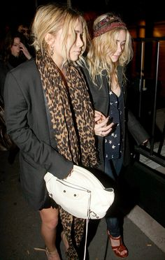MKA MARY KATE ASHLEY OLSEN LEOPARD SCARF MENS OVERSIZED JACKET PLEATS EMBELLISHED HEAD BANDS STAR PRINT BLOUSE SHIRT SKINNY DENIM  TWINS JEANS YSL TRIBUTE SANDALS PLATFORM BROWN WHITE BALENCIAGA CLUTCH BAG