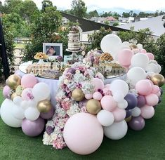 So pretty, you can still have balloons at a party and not be effected but the helium shortage Shower Party, Baby Shower Parties, Baby Shower Themes, Baby Shower Decorations, Bridal Shower, Baby Showers, Balloon Garland, Balloon Decorations, Birthday Party Decorations