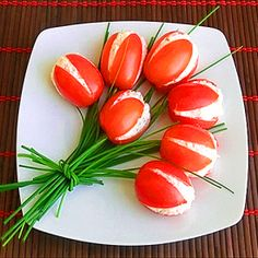 Discover tips and facts on fine Italian Cuisine and Italian wine. Antipasto, Food Design, Cute Food, Good Food, Appetizer Recipes, Appetizers, Creative Food Art, Food Art For Kids, Food Carving