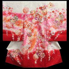 お宮参り 着物 女の子 正絹初着 白 裾赤染め分けグラデーション 桜 まり 金コマ刺繍 桜地紋 桜尽くし 日本製