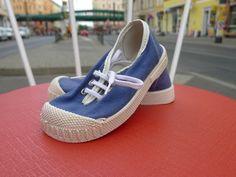viele Jahre an den Füßen gehabt ;) Germina Intra DDR Kinder Schuhe Sneakers Blau 60er textil True Vintage 70er GDR   eBay