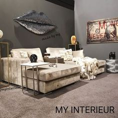 MYinterieur.nl (@myinterieur.nl) • Instagram-foto's en -video's Videos, Couch, Throw Pillows, Instagram, Bed, Furniture, Home Decor, Style, Pictures