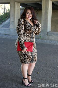 10 Fabulously Fashionable Plus Size Bloggers: Sarah Rae Vargas
