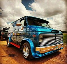vanninvanner 1981 Chevrolet Van Specs, Photos, Modification Info at CarDomain Chevrolet Van, Classic Trucks, Classic Cars, Custom Van Interior, Dodge Van, Old School Vans, Vanz, Day Van, Vintage Vans