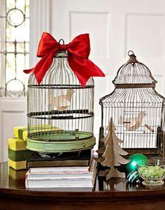 ¿Eres un alma libre?  ¡Perfecto! Pero no renuncies a #decorar con jaulas, mira qué bien queda. #Deco #Birds